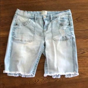 Women's jean shorts size 11 modern